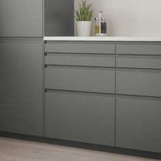 Full Product Info - IKEA - VOXTORP, Drawer front, dark gray, VOXTORP is a smooth door with integrated handles. It brings clean lines and an open, modern look to your kitchen. The depth of the handle makes it easy to open and close the drawer. Mawa Design, Design Ideas, Design Inspiration, Design Trends, Black Kitchens, Cool Kitchens, Modern Kitchens, Contemporary Kitchens, Modern Kitchen Design