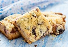 Yummy Cherry Streusel Picnic Bars- a rich buttery crust with a sweet-tart cherry filling!