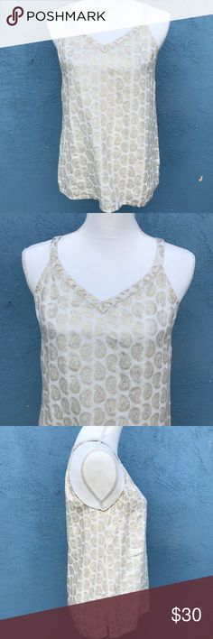 Saint Tropez West womens gold cream paisley tank Beautiful tank by Saint Tropez West. It has gold foiling in paisley designs all through the tank. 100% Linen (C6) Saint Tropez West Tops Tank Tops