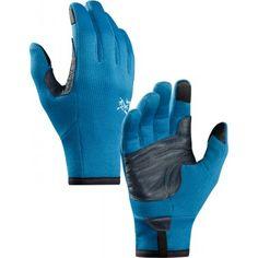 ARCTERYX rękawiczki RIVET GLOVE Rivet Glove to zaawansowane rękawiczki z najnowszej kolekcji kanadyjskiej marki Arcteryx. Zastosowanie materiału Polartec® Power Stretch® sprawia, że rękawiczki są lekkie i miłe w dotyku, ale równocześnie oddychające. Mało tego - impregnacja DWR sprawia, że są odporne na niekorzystne warunki atmosferyczne. Idealny wybór do użytku w każdych warunkach. #rękawiczki #nowość #zima #jesień #arcteryx