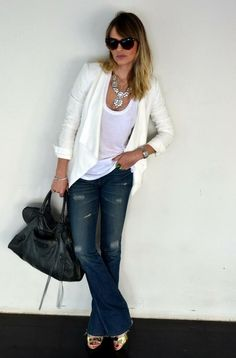 """light white blazer is on my """"to get"""" list for spring. Spring Fashion, Girl Fashion, Fashion Outfits, Womens Fashion, Love Jeans, Jeans Style, Jeans Pants, Blazers, How To Look Pretty"""