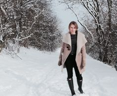 Einfach mit Stil Outfit für einen Wintertag - Look of the day Jackets, Outfits, Fashion, Fashion Styles, Vegetarian Cooking, Simple, Outfit, Moda, Fashion Illustrations