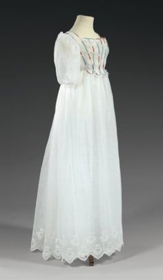 Girl's dress, circa 1810.