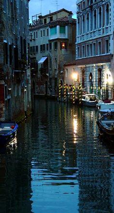 Venice, Veneto, Italy (by laura.foto on Flickr)