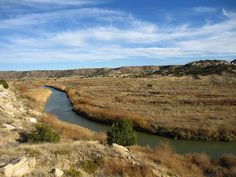 Southeast Colorado's Vogel Canyon was etched by the Purgatoire River 13 miles south of La Junta along the Sante Fe Trail Scenic and Historic Byway. Great Places, Places To See, Trinidad Colorado, Canyon Colorado, Colorado Mountains, Santa Fe Trail, Solar Projects, Forest Service, New Energy