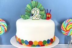 Very Hungry Caterpillar Cake Topper Tutorial by Made With Pink Toddler Birthday Cakes, First Birthday Cakes, Farm Birthday, Birthday Ideas, Birthday Recipes, Birthday Parties, Cake Topper Tutorial, Cake Toppers, Hungry Caterpillar Cake