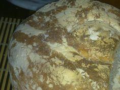 pane  di altamura con  farina di grano  duro