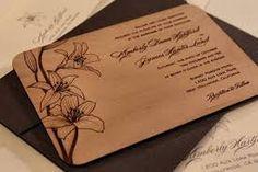 Resultado de imagen de invitaciones  madera