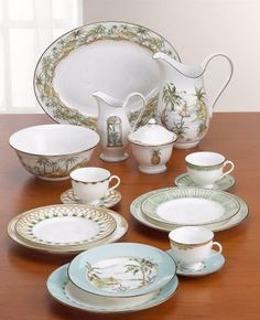 Lenox British Colonial Tradewinds China... never that interested in china before, but wanted this one for quite a while... settings for 8 would be lovely.