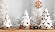 Christmas Projects For Kids, Ceramic Christmas Decorations, Christmas Clay, Ceramic Christmas Trees, Handmade Christmas, Christmas Crafts, Christmas Ornaments, Ceramics Projects, Clay Projects