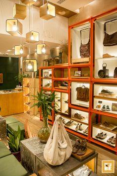 Outer. Shoes - Park Shopping Barigüi, Paraná