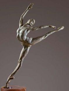 "A pinner wrote - Richard MacDonald, ""Sissone"", Atelier.-- Reminds me of the beautiful statues we saw in Laguna Beach!"