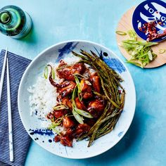 Easy General Tso's Chicken. A lighter version of the iconic takeout dish, this spicy 22–minute recipe for General Tso's Chicken is just as flavorful as the original. The Sriracha and tomato paste may not be authentic, but they give the dish a powerful umami boost.