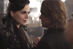 "Regina and Rumple - 6 * 2 ""A Bitter Draught"""