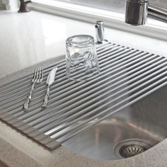 Over the sink dish drying mat