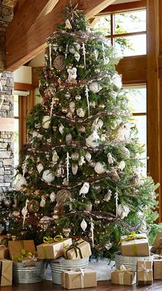 Luxe Lodge - Tree and Ornaments