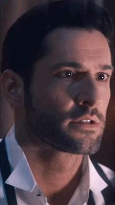 Lucifer Gif, Tom Ellis Lucifer, Video Series, Tv Series, Aesthetic Movies, Aesthetic Videos, Flipagram Instagram, Funny Profile Pictures, Powerful Motivational Quotes