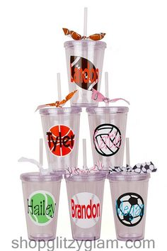 i want the vball 1 Love Silhouette, Vinyl Tumblers, Lady Bugs, Tumbler Cups, Vinyl Projects, Silhouette Projects, Tailgating, Adhesive Vinyl, Craft Fairs