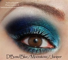 TheBodyNeeds Mineral Eye Shadow - D'Blue Bomb