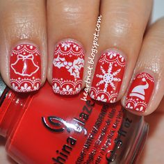 Happy Friday! The holidays are just around the corner so I did some festive nails for today. I saw a Christmas sweater inspired mani by The...
