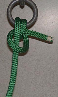 Anchor Hitch - Step 3 - Your Decor Rope Knots, Macrame Knots, Sailing Knots, Hook Knot, Survival Knots, Knots Guide, Nautical Knots, Fishing Knots, Ropes