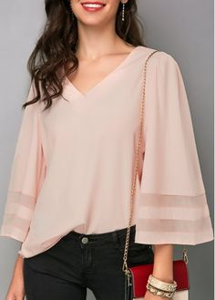 Lavender Kimono Sleeve Tunic Top Light Purple Flare Sleeve V Neck Blouse Trendy Tops For Women, Blouses For Women, Stylish Tops, Purple Blouse, White V Necks, Blouse Styles, Blouse Designs, V Neck Blouse, Look Fashion