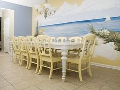 Spacious Dining Area w/ seating for 10 (plus add'l seats at nearby Breakfast Bar