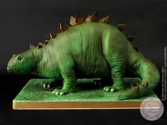Stegosaurus Cake - Cake by Galina Duverne - Gâteaux Sur Mesure Paris 4th Birthday Cakes, Dinosaur Birthday, Birthday Board, Dinosaur Party, The Good Dinosaur Cake, Dinasour Cake, Barney Cake, Dinosaur Cookies, Gravity Defying Cake