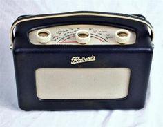 Classic 1960's radio Roberts R200 portable transistor