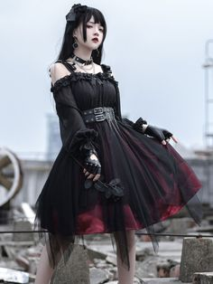 Gothic Outfits, Edgy Outfits, Pretty Outfits, Pretty Dresses, Cute Outfits, Gothic Lolita Dress, Fantasy Outfits, Kawaii Fashion, Lolita Fashion