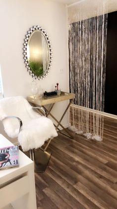 Glam area in my skin studio. Facial Esthetician, Esthetician Room, Home Salon, Chemical Peel, Plastic Surgery, Home Appliances, Future, Studio, Home Decor