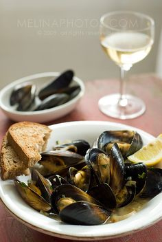 wine shallot mussels