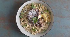 Κατσικάκι λεμονάτο με τραχανά στη χύτρα ταχύτητας από τον Άκη Πετρετζίκη. Φτιάξτε το πιο ζουμερό κατσίκι με μια σάλτσα λεμονιού και γλυκό τραχανά στη χύτρα! Hummus, Ethnic Recipes, Food, Homemade Hummus, Meal, Essen, Hoods, Meals, Eten