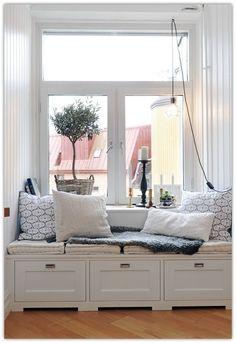 Cozy Window Seat Nooks