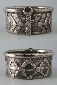 India | Antique classical silver bangle from the Jat people of Rajasthan