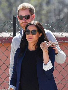 Prince Harry and Meghan Markle visit a boarding house in Morocco Princess Meghan, Prince Harry And Meghan, Sussex, Valentino Gowns, Meghan Markle Style, Meet Girls, Louis And Harry, Local Girls, Princesa Diana