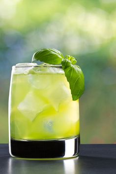 One of the best things of summer is gardening! This cocktail features fresh basil that complements the herbal tones of the gin so nicely. A great sip for a summer day. Summer Cocktails, Fresh Basil, Panna Cotta, Herbalism, Gin, Ethnic Recipes, Gardening, Food, Herbal Medicine