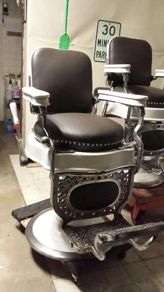 Angelicau0027s Actual Barber Chairs   Manufacturer Theo Koch (1930s)