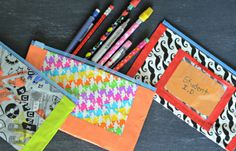Who knew that you could make such cute pencil pouches out of sandwich baggies…