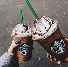 ♡Give a wink,Give a kiss, Give a little happiness♡ ♡@HeyitsCatrina♡ xo #Starbucks