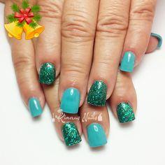 Diseños descembrinos  💅🎄❄⛄👌👑😍💄💋  #kimerasnails #nails #uñas #acrylicnails #nude #sculturenails #prettynails #naturalnails #glitter #acrilicodecolor #naildesign #silk #AcrilicosAtacantes #ManoAlzada #3d #3dnails #YoSoyFantasyNails #laquerpro #makeup #christmas #notpolish
