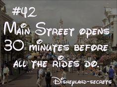 Disneyland Secrets : Photo