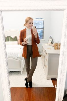 business casual work attire - business professional outfits for interview Teacher Outfits, Office Outfits, Office Wear, Office Attire, Office Uniform, Teacher Fashion, Office Wardrobe, Teacher Clothes, Wardrobe Ideas