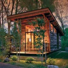 """400-square-foot """"rolling cabin"""" built to LEED Gold standards"""
