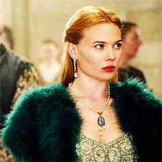 """lorrnadane: """" infinite list of favorite reign outfits: ↳Greer in """" Reign Mary, Mary Queen Of Scots, Reign Fashion, Fashion Tv, Greer Reign, Flawless Makeup, Beauty Makeup, Celina Sinden, Marie Stuart"""