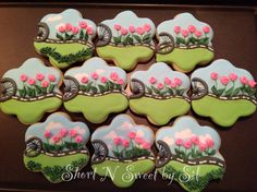 Whimsical cycling themed cookies by www.facebook.com/shortnsweetbysil