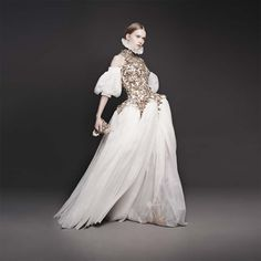 Las reinas de Alejandro. Alexander McQueen Otoño 2013