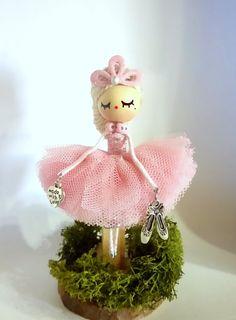 Doll Brooch Ballerina by Delafelicidad on Etsy