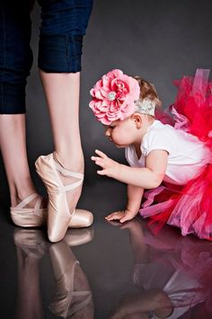 I am so taking this picture when I have a daughter one day!!