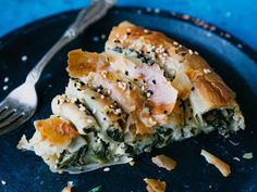 Spanakopita, Salmon Burgers, Bread, Baking, Sweet, Ethnic Recipes, Foods, Pai, Candy